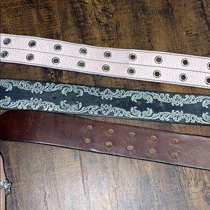 Express Accessories - Express leather belt bundle, size medium